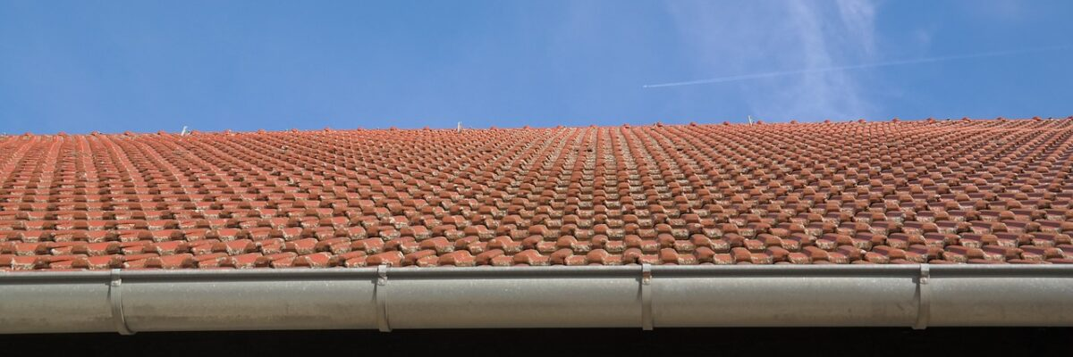 What are the benefits of a seamless gutter system?