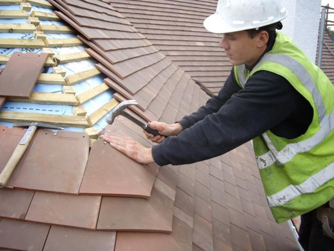 The Advantages of Commercial Roofing Services – greatroofingservicessite